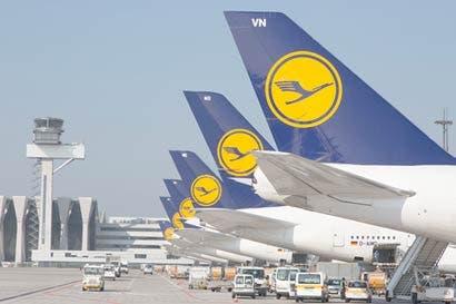 Lufthansa amplía control alemán al comprar activos de Air Berlin