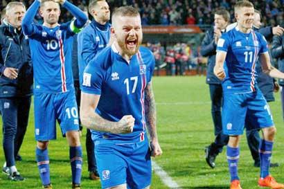 Islandia clasificó al Mundial con 120 futbolistas profesionales en el país