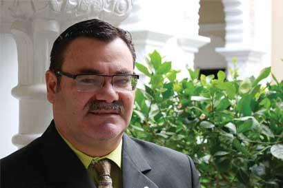 Diputado solicita embargo sobre bienes de involucrados en cuestionados créditos bancarios