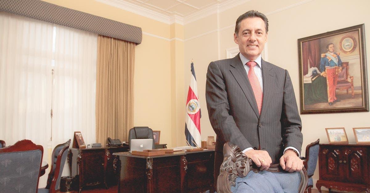 Cambiar Ley de Concesiones será prioridad de Álvarez y Castro