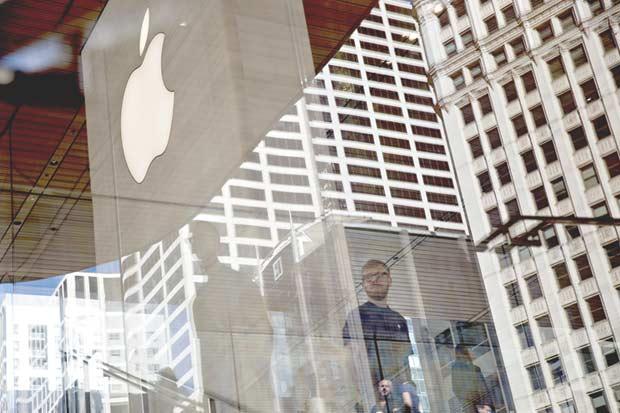 Apple cae ante informe de menores pedidos de iPhone 8