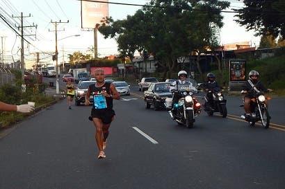 Dos extranjeros se dejaron el podio en segunda edición de media maratón San José