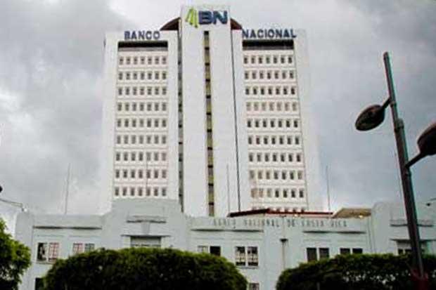 Directivos del Banco Nacional piden al gobierno emitir fallo de su investigación