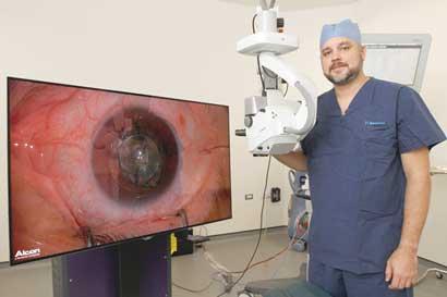 Tecnología 3D mejora precisión en cirugía del ojo