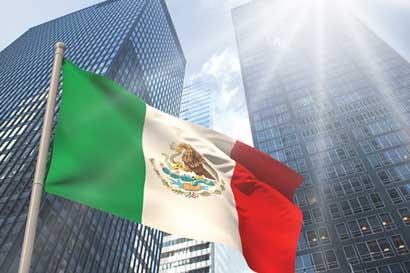 Bajo costo de mano de obra mexicana atrae más empresas de EE.UU.