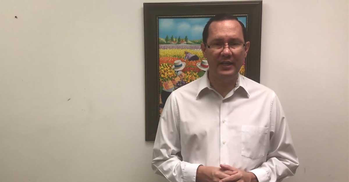 """Gamboa dice que Solís no tiene """"altura moral"""" para estar en comisión investigadora"""