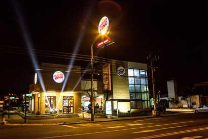 """Burger King regalará """"Whoppers"""" este sábado"""