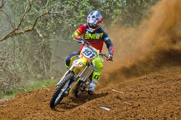 Piloto Roberto Castro obtuvo dos títulos en Guatemala