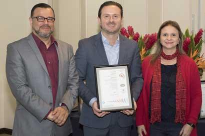 Viajes Colón recibe certificación de calidad