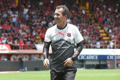 """""""Mala suerte"""" de Benito Floro acompaña a Wilmer López"""