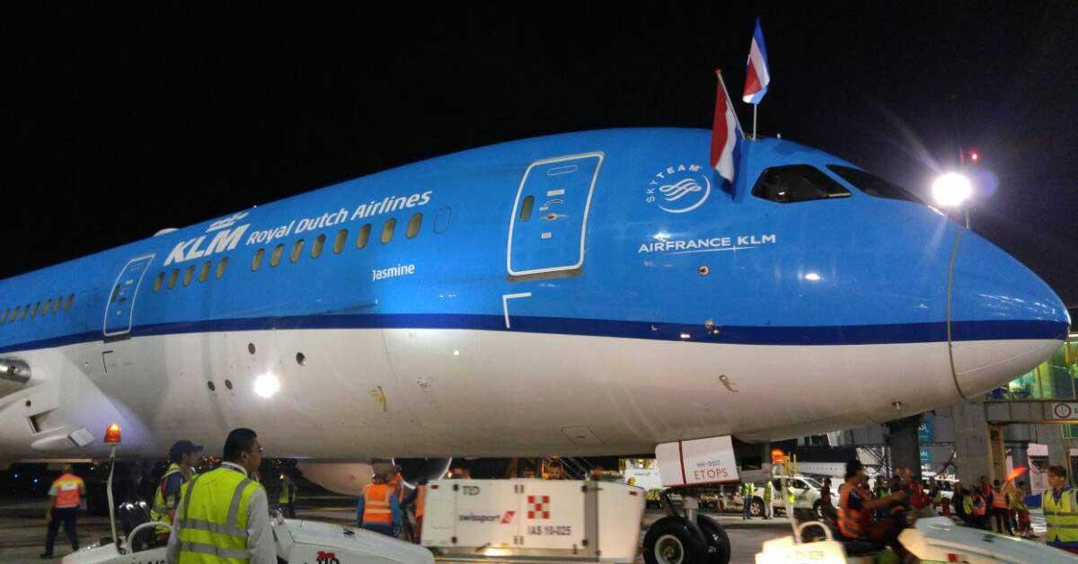 Inician vuelos directos desde Ámsterdam a San José