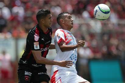 Osvaldo Rodríguez regresa a la Selección Nacional