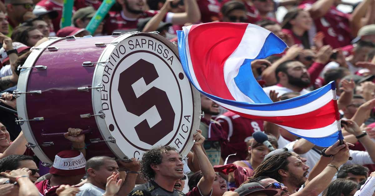 Saprissa arrebata liderato a la Liga en asistencia a estadios