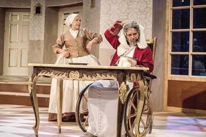 Obra de Molière se disfruta en el Teatro La Aduana