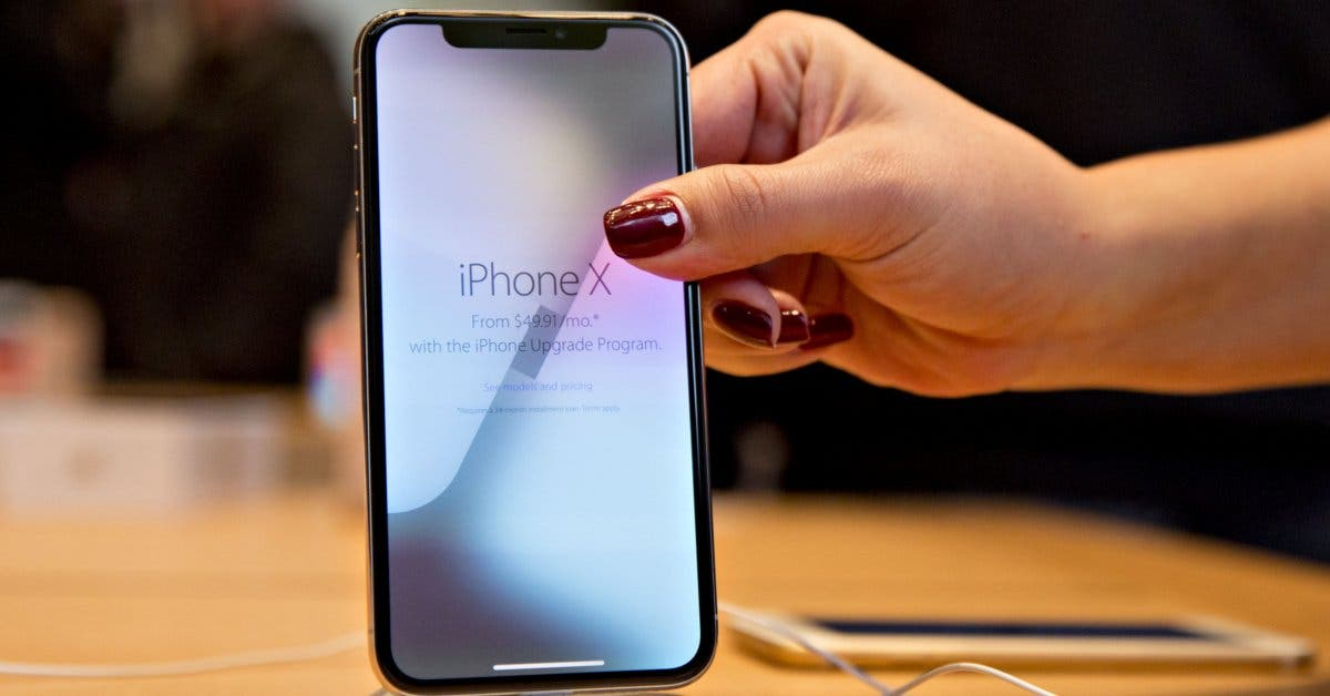 Gollo inicia preventa de iPhone X