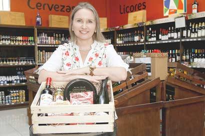 Distribuidora Isleña lanzó canastas navideñas