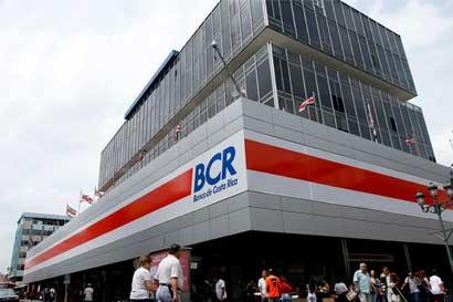 BCR condena ataques a la prensa por escándalo de los créditos a Juan Carlos Bolaños