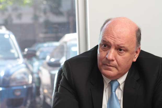 Piza niega donaciones millonarias de asesor de Juan Carlos Bolaños
