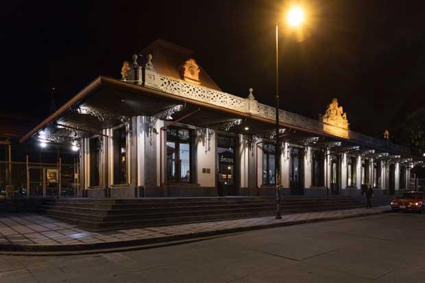 Tecnolite iluminó fachada de Estación al Atlántico