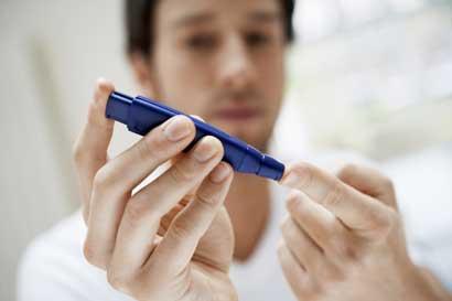 Hospital San Juan de Dios realiza feria educativa contra diabetes