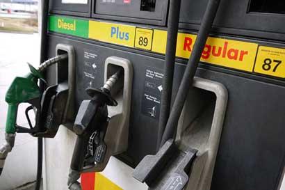 Gasolina subiría hasta ¢24 en diciembre