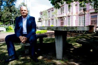 """Rodolfo Piza: """"Temas complejos no se pueden medir en un Votómetro"""""""