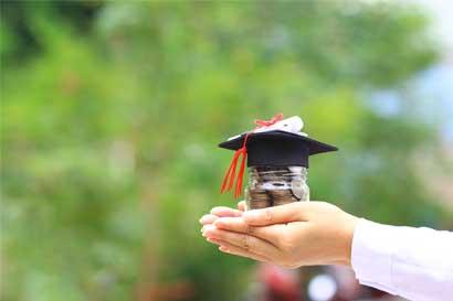 ¿Quiere estudiar fuera en 2018? Hay becas para Europa, Asia y Estados Unidos