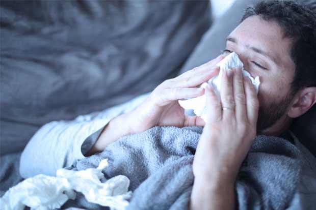 """Caja: """"Los antibióticos no curan los resfríos ni la gripe"""""""