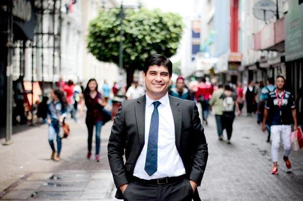 Carlos Alvarado insta a candidatos a presentar su Plan de Gobierno