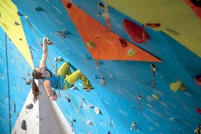 Escaladores ticos y centroamericanos mostrarán sus habilidades arácnidas