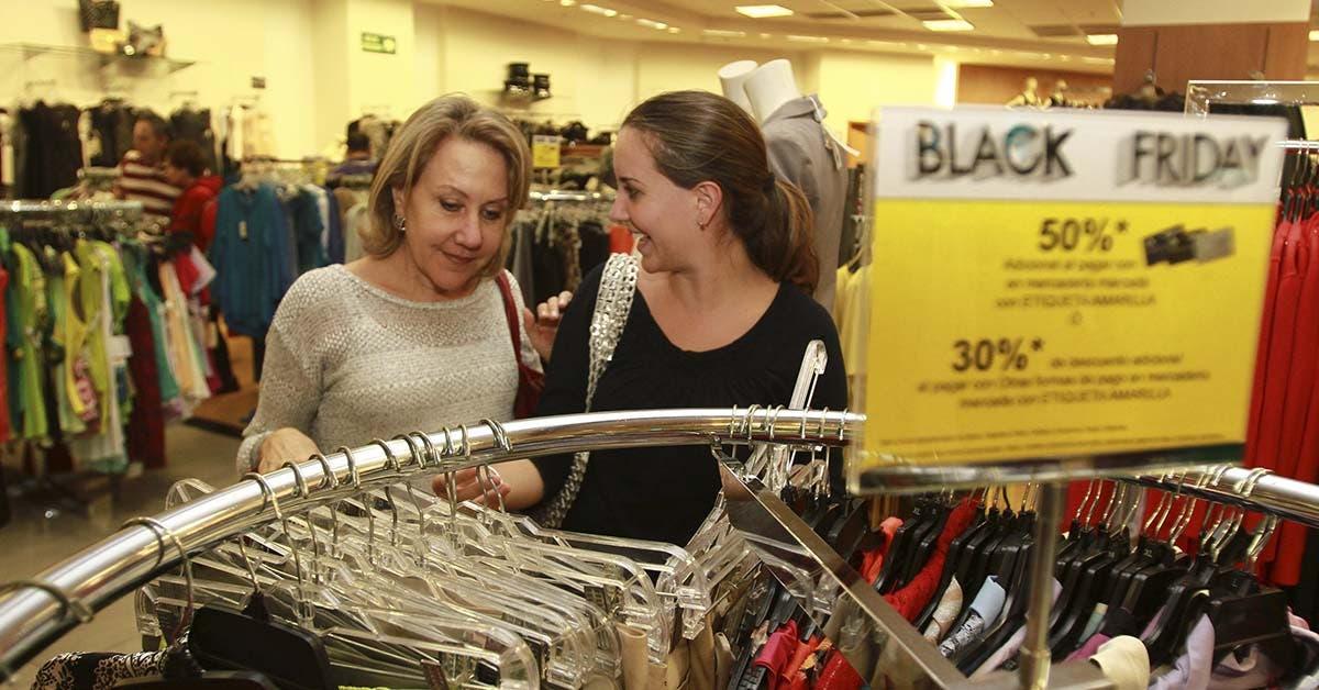 Conozca las tiendas que iniciaron descuentos de hasta 50%
