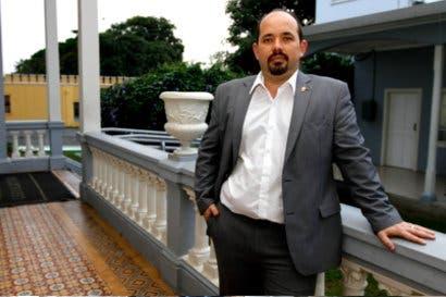 Johnny Leiva renuncia a jefatura de campaña de Rodolfo Piza
