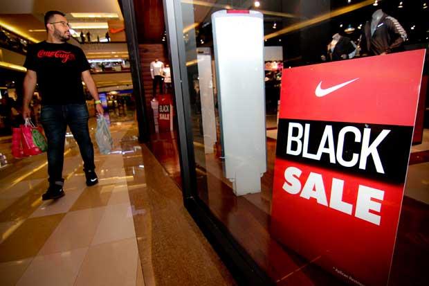 Comercios extienden promociones de Viernes Negro para el fin de semana