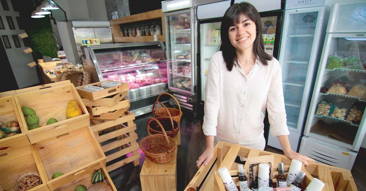 Microempresaria elabora productos orgánicos para el cuidado de la piel
