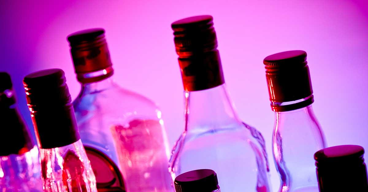 Impedir que vendan alcohol mataría a los minisúper, según detallistas