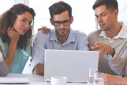 Beneficios e implicaciones al implementar nuevas tecnologías en el Departamento de RRHH