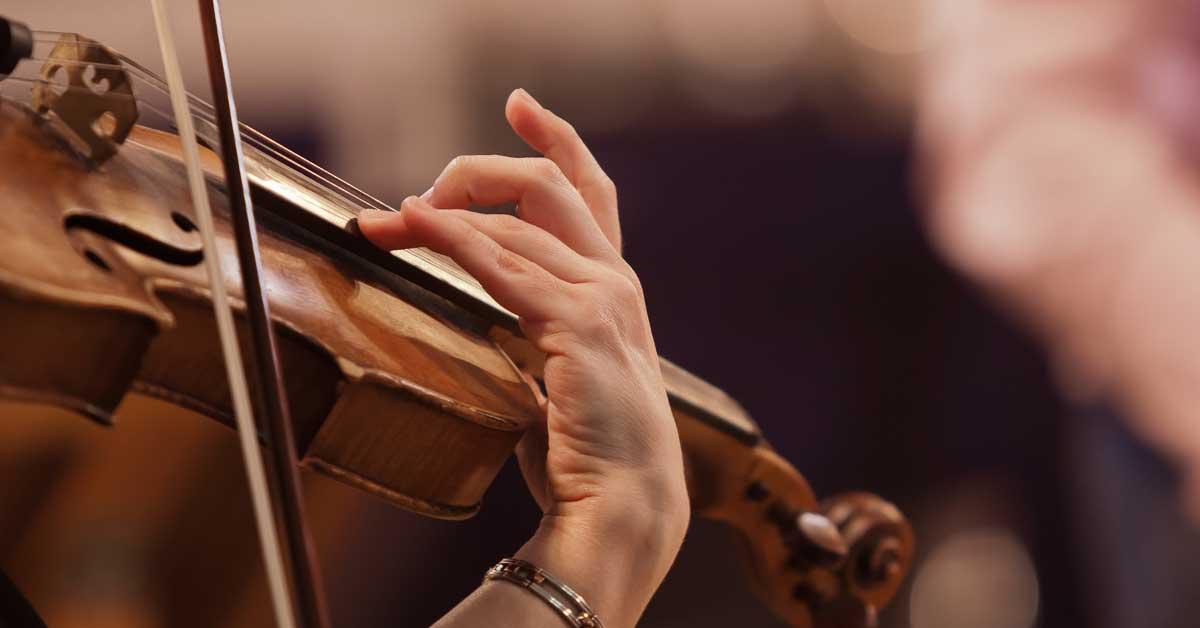 ¿Le gustaría aprender a tocar un instrumento? UNA abrirá cursos