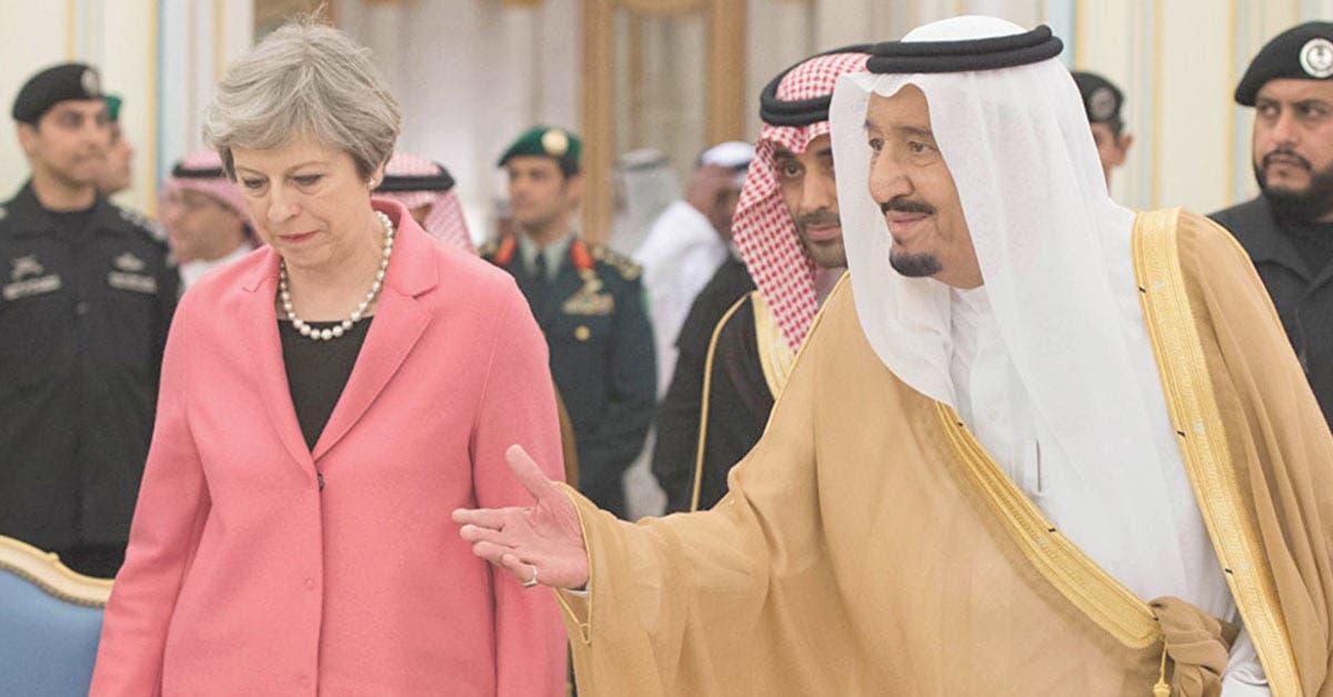 May compite con Trump por salida a bolsa de empresa saudí Aramco