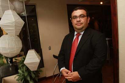 Presiones del PAC dan efecto: Viceministro de Hacienda deja el puesto