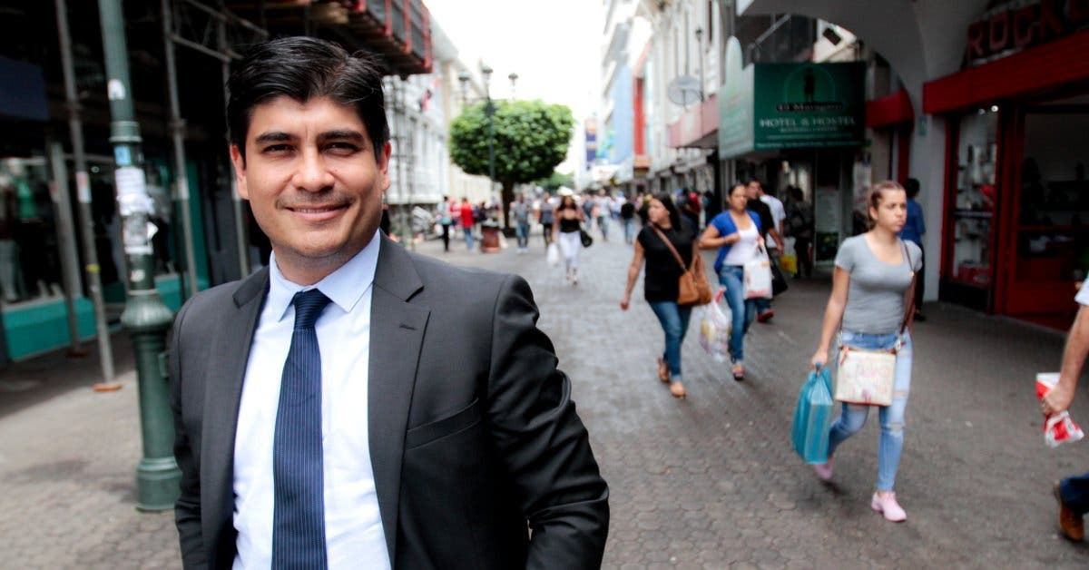"""Carlos Alvarado: """"Salida de viceministro Rodríguez es un paso en la dirección correcta"""""""