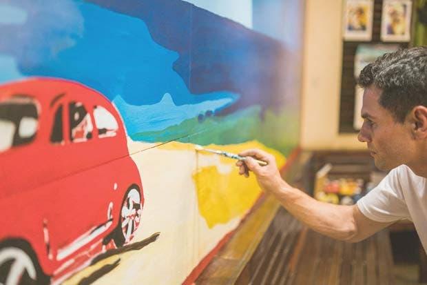 Pintores y escultores llenarán de arte Tamarindo