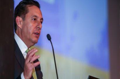 Álvarez Desanti aboga por la democracia en Honduras
