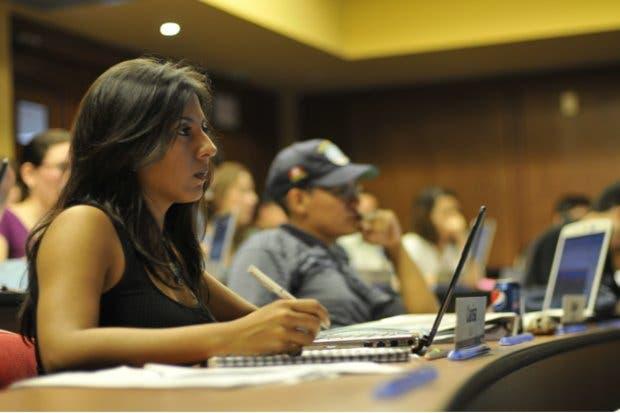 INCAE catalogada como la mejor escuela no estadounidense de América