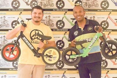 Nuevo método para aprender a manejar bicicleta sin pedales ni rodines