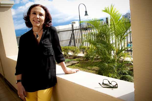 """Patricia Mora: """"Aresep no debe ceder a presión de autobuseros"""""""