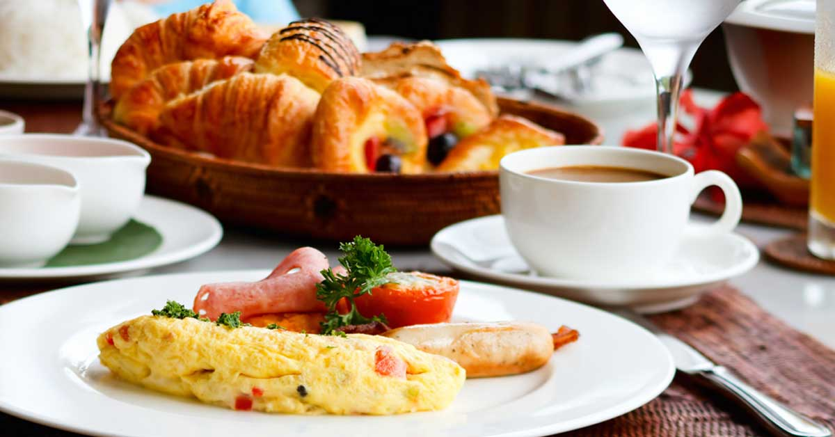 UNA recomienda cuidar exceso de comidas en hoteles todo incluidos