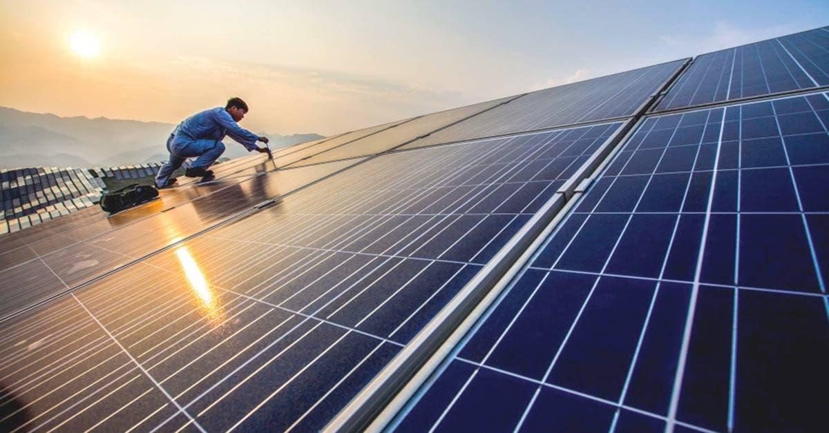 China asume liderazgo en energía verde, supera a Alemania y EE.UU.
