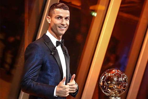 Cristiano Ronaldo empata a Messi con su quinto Balón de Oro