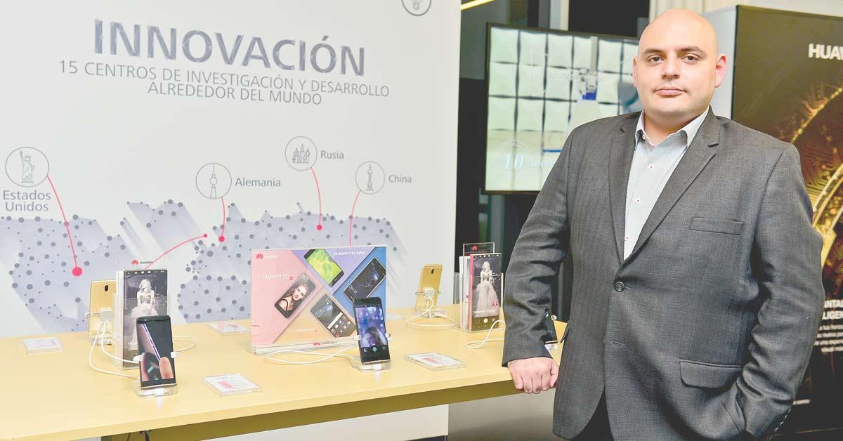 Fabricantes apuestan por celulares más inteligentes