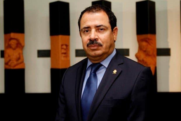 Diputado apoya a agentes del INS que exigen pago de $67 millones